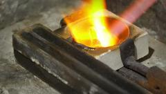 Melting a piece of precious metal: gold, silver, goldsmith, silversmith Stock Footage