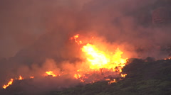 Cape Town-March,2015: Fierce bush fires endanger property on the slopes of Table - stock footage