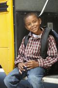Elementary School Pupil Board Bus Kuvituskuvat