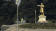 Sochi 1985: Lenin statue at the park Stock Footage