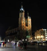 St. Mary's Basilica, Krakow (Kościół Mariacki) at Night Stock Photos