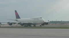 Boeing 747 from Delta in Detroit Stock Footage