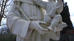 Statue - saint - child Stock Footage
