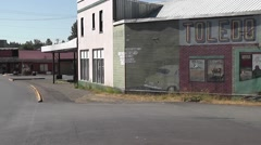 Toledo WA mural left to right pan Stock Footage
