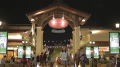 Asiatique riverfront - Soi 1 gate Stock Footage