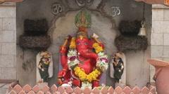 Ganash and garlands at the Mumbai Shiva Temple Stock Footage