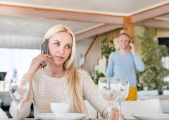 Meeting in restaurant Kuvituskuvat