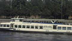 Moscow 1981: sightseeing boat on the Moskva river Stock Footage