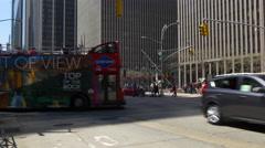 Summer day light new york city manhattan street tourist bus traffic 4k usa Stock Footage