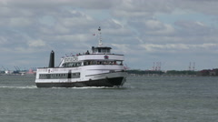 Statue of Liberty tour boat Stock Footage