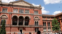 Unidentified visitors at the courtyard of Victoria and Albert Museum Stock Footage