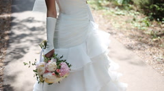 Bridal bouquet of flowers in hands of the bride Arkistovideo