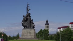 Surgut, monument to the city founders Stock Footage