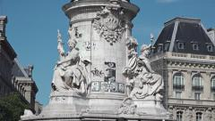 Monument Place de La Republique - Tilt 1080p Stock Footage