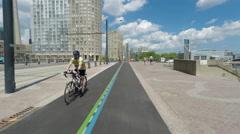 The Toronto Waterfront bike path Stock Footage