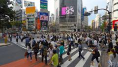 Shibuya pedestrian crossing also known as Shibuya scramble Arkistovideo