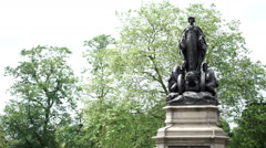 Canon Hill Park, Birmingham, England, war memorial. Stock Footage