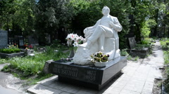 Monument on the grave of Fyodor Chaliapin, the Novodevichy cemetery Stock Footage