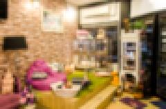 Blur Dog Shop Stock Photos