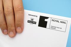 Envelope delivered by Royal Mail Stock Photos