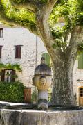 Medieval fountain VaisonLaRomaine Vaucluse ProvenceAlpesCote dAzur Kuvituskuvat