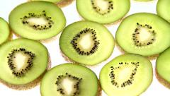Kiwis, tavern of fruit Stock Footage