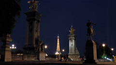 People timelapse on Alexander III bridge in front of Eiffel Tower Stock Footage