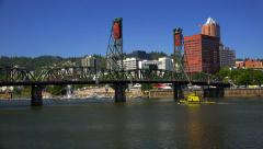 Hawthorne Bridge Over Willamette River in Portland, Oregon Stock Footage
