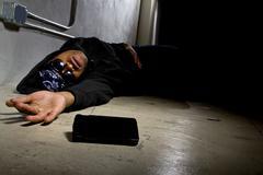 Injured Gangster Calling 911 for Help Kuvituskuvat
