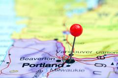 Portland pinned on a map of USA Stock Photos
