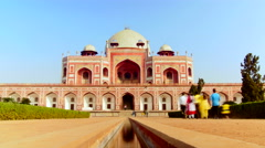 Time-lapse of anonymous crowds of visitors at Humayun's tomb, delhi, visit india - stock footage