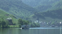 Boattrip over the River Moselle near Bernkastel Stock Footage