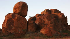 Devils marbles pan Stock Footage