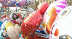 Balloons for sale - Stockholm in Summer sunshine Stock Footage