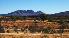 Mt sonder west macdonells zoom in Stock Footage