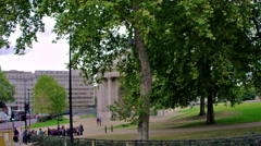 Low angle view of Wellington Arch in London, England. Stock Footage