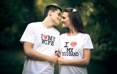 Married couple wiht words I love my wife and husband Kuvituskuvat