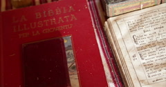 Ukrainian authenticity. Home village. Interior. Old books.. Stock Footage