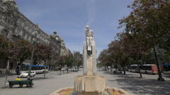 Statue of a woman in Liberty Square, Porto Stock Footage