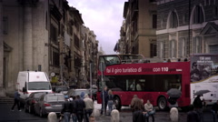 Shot of pedestrians and traffic in the Piazza del Popolo. Stock Footage