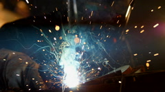 Man welding, slowmotion footage Stock Footage