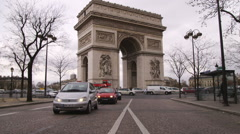 Arc de Triomphe in Paris and the traffic. Stock Footage