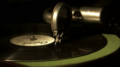 Record needle coming to the end of a record. Stock Footage