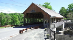 Cars Drive Over The Quechee Covered Bridge In Vermont Stock Footage