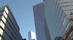 Tall buildings to runners starting race, Manhattan Stock Footage