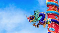 Asian Dragon on a roof in temple, zoom out time lapse Stock Footage