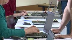 Data entry on laptop keyboard (Tilt) Arkistovideo