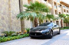 DUBAI, UAE - SEPTEMBER 9: The luxury Maserati Granturismo car is near luxurio Kuvituskuvat