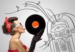 Music from jukebox. Kuvituskuvat
