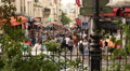 Crowd walking in Montmartre HD Footage